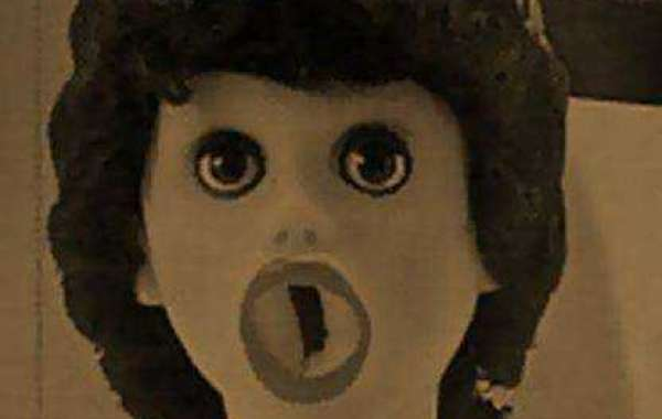Cultural relics of real doll 100 years ago