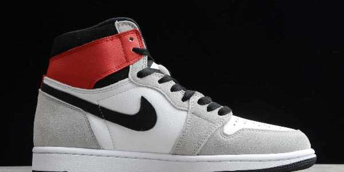 "Air Jordan 1 High OG ""Light Smoke Grey"" 2020 News For Sale 555088-126"