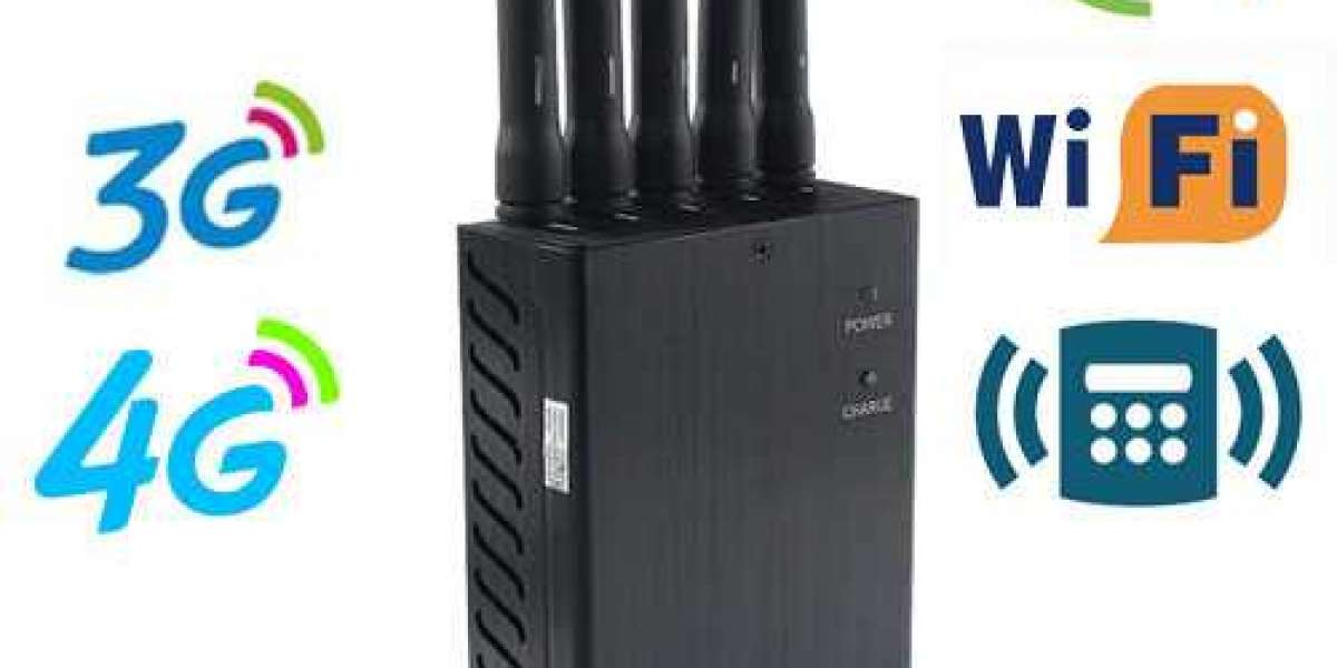 Wireless jammer with powerful signal shielding function