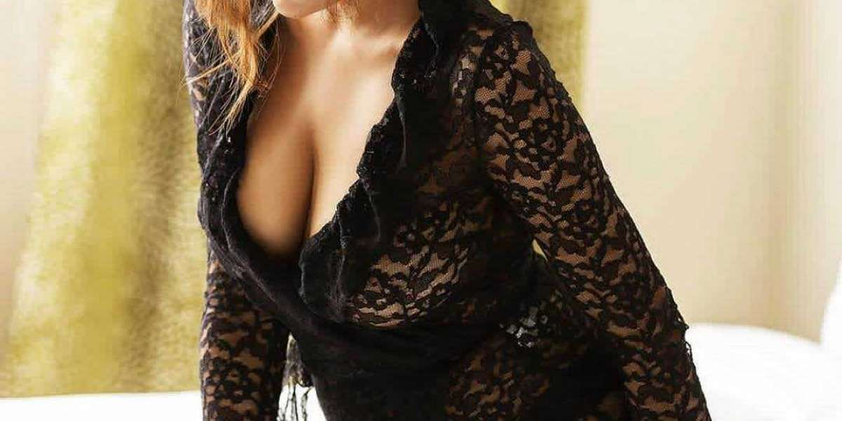 Book Female Escorts Service in Lajpat Nagar