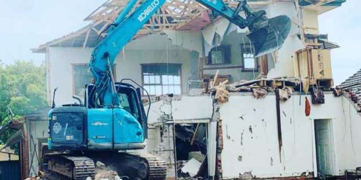 4 Ways to Demolished a House Without Any Hassle