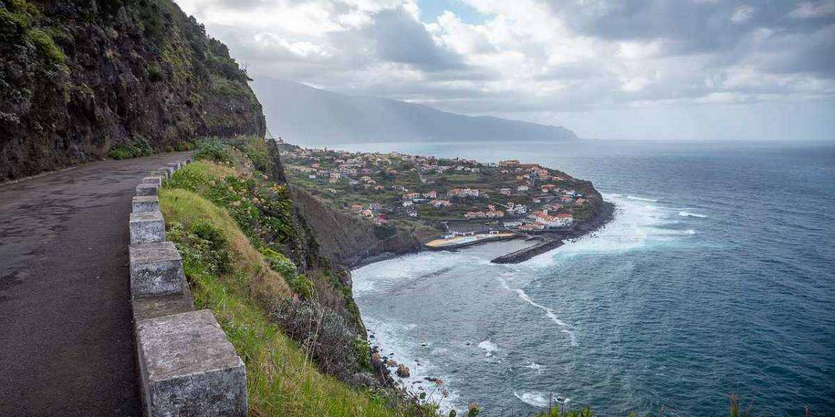 Summer Trip to Madeira: 6 Most Iconic Sights