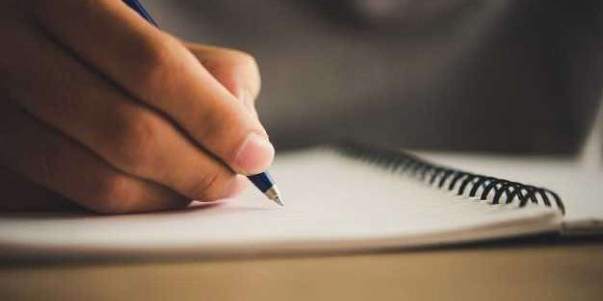 Most Common Mistakes Students Make while writing a Book Review & Learn how to avoid them